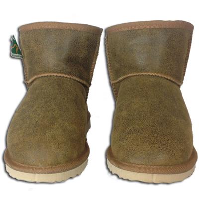 new style c1bdb 35698 Classic Ultra Short Nappa Ugg Boots